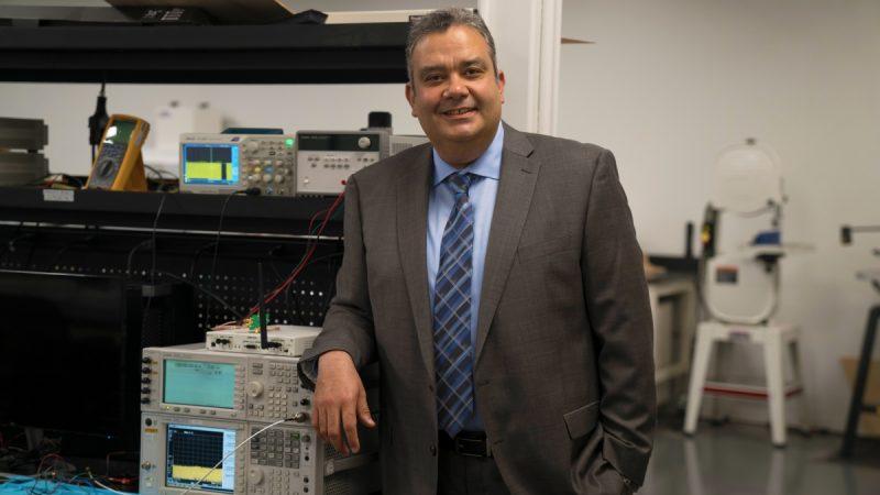 UCI Faculty Startup Addresses Broadband Scarcity with Innovative Radio Technology