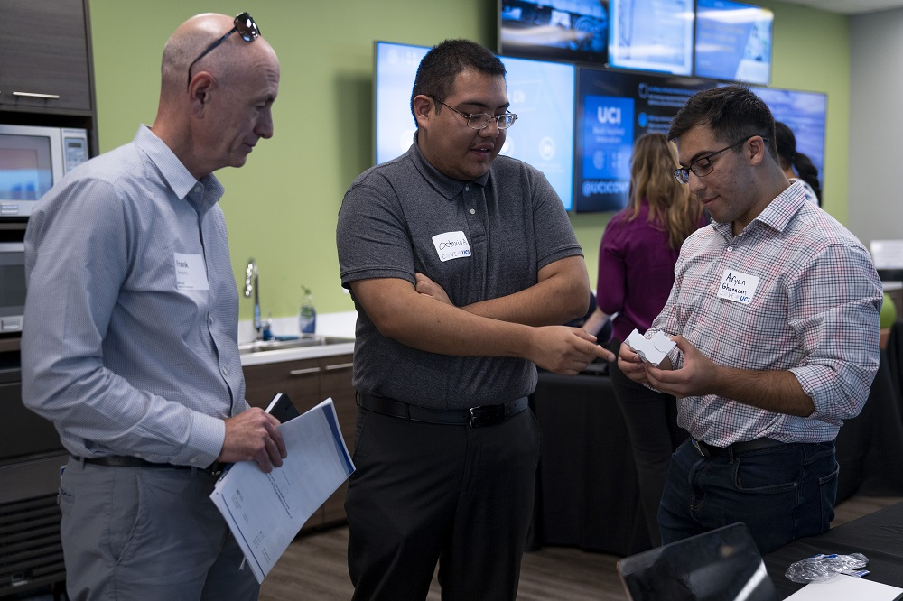 Mix of New and Seasoned Wayfinder Teams Pitch to Investors at the Cove @ UCI