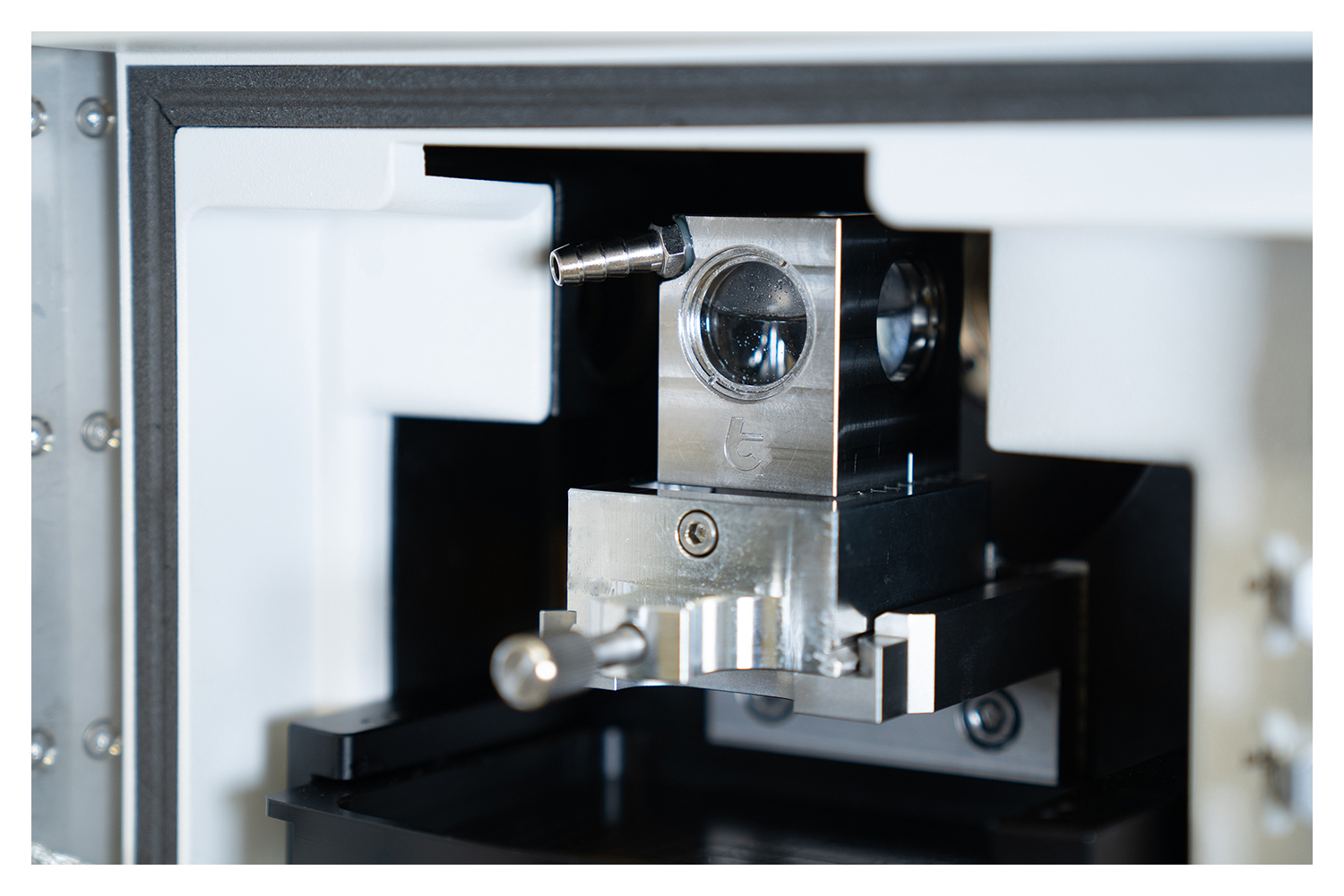 Close up image of a microscope
